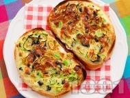 Рецепта Топли печени сандвичи с праз лук, яйца и сирене на фурна